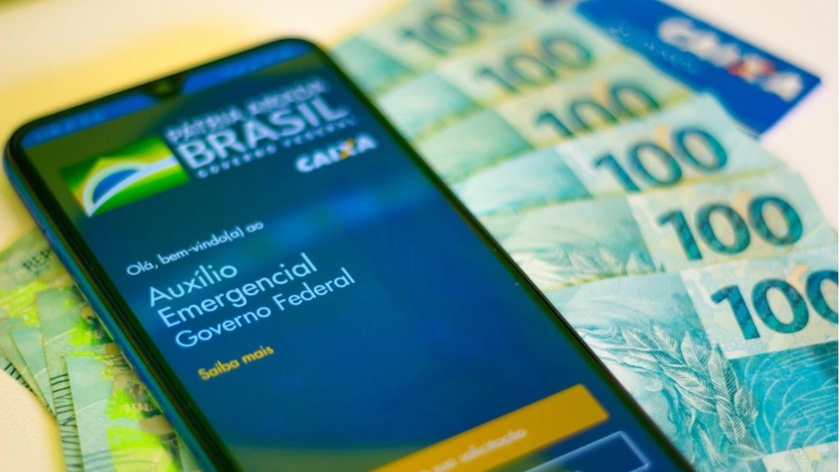 Auxílio Emergencial: Caixa paga benefício a 5,8 milhões nesta ...
